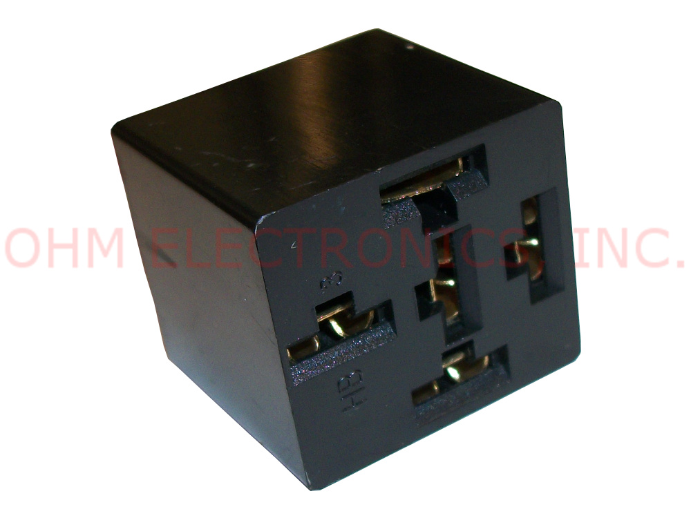 new retail 12v dc 5 wire bosch style relay socket and. Black Bedroom Furniture Sets. Home Design Ideas